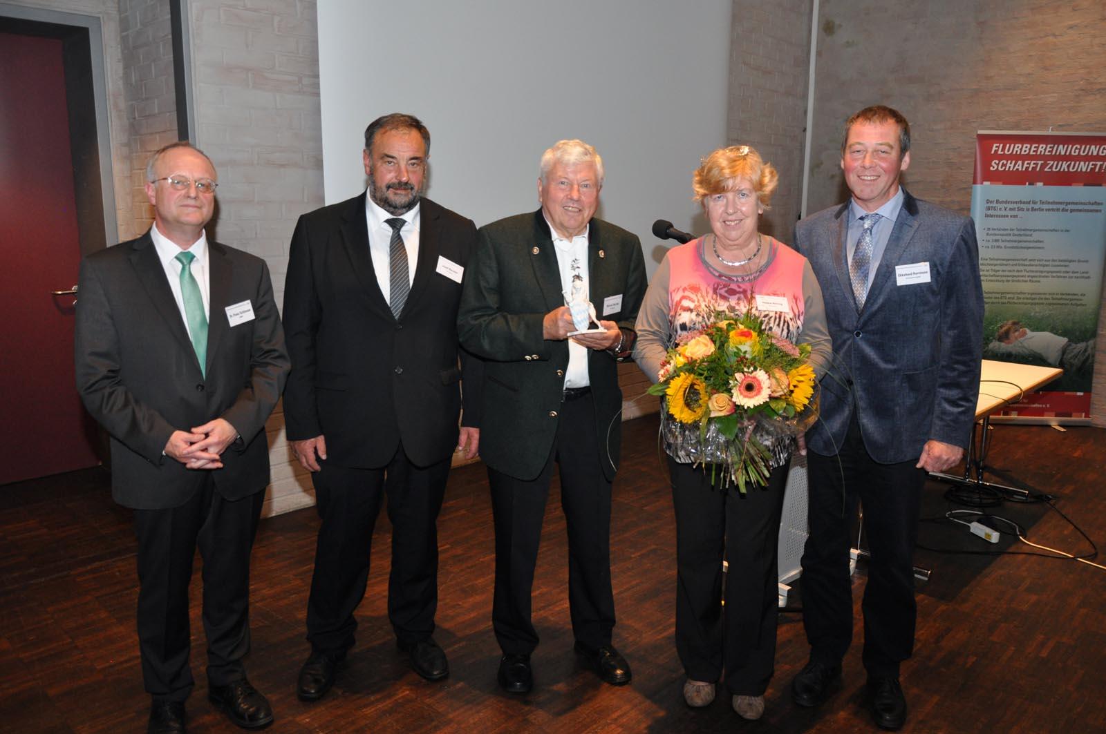 von links: Ministerialrat Dr. Franz Schlosser, Vorsitzender des LVLE Bayern Josef Beimler, Werner Herzog, Hanna Herzog, Präsident des BTG e.V. Ekkehard Horrmann