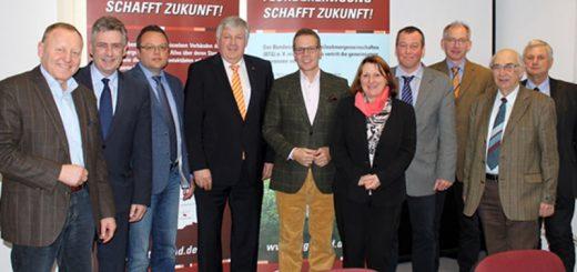 Abgeordnete des Bundestages beim Arbeitsgespräch